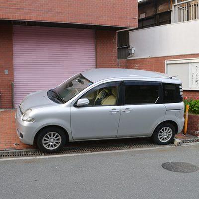 集会の車(シェバ号)※シェバはヘブル語で7